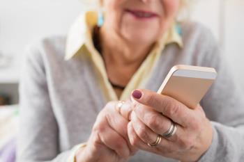 Las Casa Municipal de las Personas Mayores de Getafe ha establecido un sistema de atención para las personas de edad avanzada