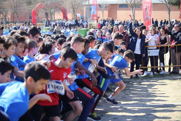 Más de 7.000 alumnos participan en Campeonatos Escolares de Campo a Través