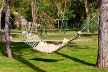 A partir del 26 de mayo a las 12:30 horas, los mostoleños podrán disfrutar de más de 40 hamacas instaladas en el Parque Finca Liana