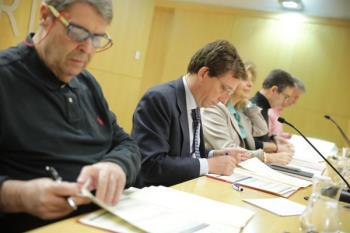El ayuntamiento ha firmado un acuerdo con los sindicatos para impulsar 1.687 plazas de 2019, junto a las 2.314 pendientes de 2017 y 2018