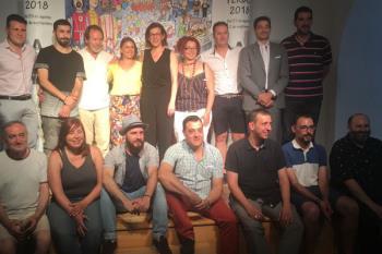 El artista alcalaíno celebra la buena acogida que está teniendo el cartel de Ferias del que es autor