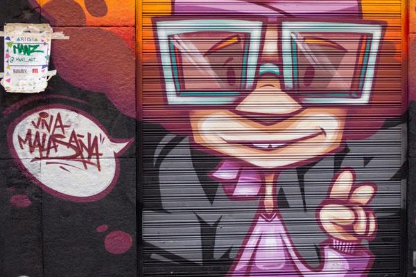 La iniciativa '¡Pinta Malasaña!' busca convertir el barrio en un estudio-galería de arte al aire libre