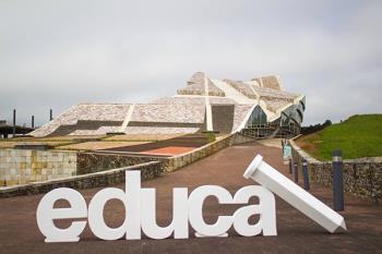 Los Premios Educa Abanca vuelven a colocar al alcalaíno como el mejor profesor de Madrid