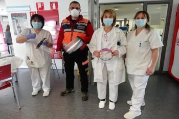 Protección civil ha entregado en los centros de salud el material elaborado por voluntarios