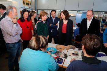 La candidata del PP a la Comunidad de Madrid visitó el Centro de Día y Centro Ocupacional Coímbra de Móstoles