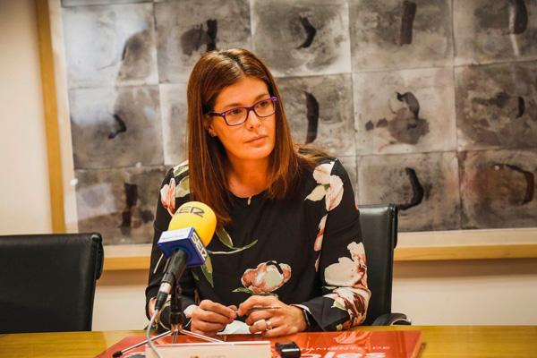 La alcaldesa socialista ha terminado 'claudicando' por presiones del PSOE-M