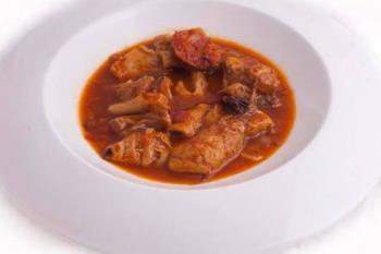 Los restaurantes madrileños ofrecen durante todo el mes de noviembre un menú cuyo plato principal es el cocido típico madrileño