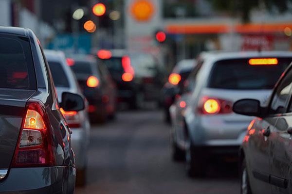 Nuevas restricciones de tráfico por obras en las glorietas Ronda Ancha y Aguadores