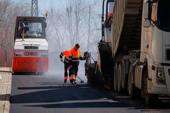 Las obras de asfaltado afectarán a los tres distritos de la localidad durante la temporada estival