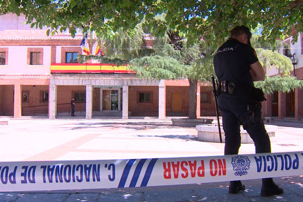 La policía ha registrado, además, las dependencias de la Empresa Municipal de Gestión Urbanística y Vivienda