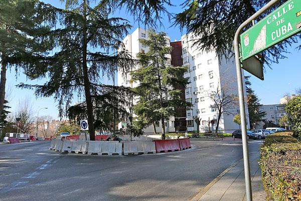 Las obras que se están acometiendo en el barrio de Parque Blanco se prolongarán durante cuatro días