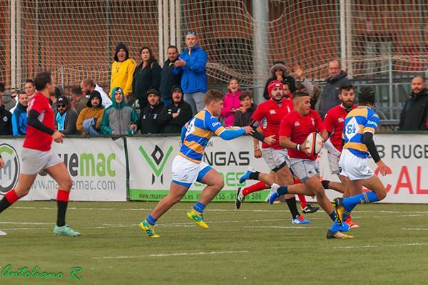 Primera victoria del Rugby Mangas Verdes Alcalá en casa