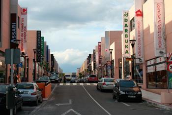 Moderniza la ordenación del espacio adecuándolo a las necesidades actuales de la ciudad