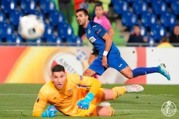 El Getafe cae 0-1 en casa, con un gol provocado por un resbalón inoportuno de Djene