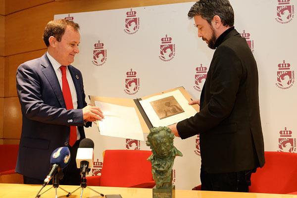 Rinden homenaje al cosladeño Nacho Díaz, galardonado con un Goya