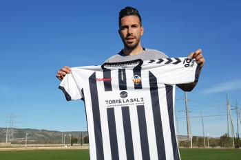 El mediapunta ha firmado por lo que queda de temporada y una más con el C.D. Castellón