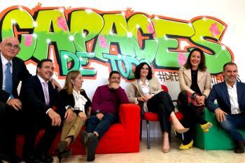 La presidenta de la Comunidad de Madrid, Isabel Díaz Ayuso, ha visita esta mañana las instalaciones de APADIS