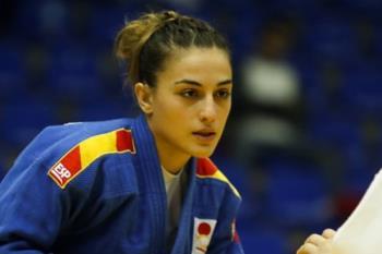 Estudiante, trabajadora y judoka compagina su vida profesional, laboral y deportivo de la mejor manera