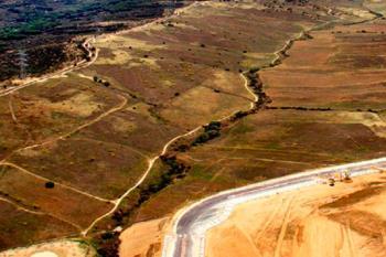 La moción establece tres fases en la construcción de 8.600 viviendas en el entorno de Valdelatas