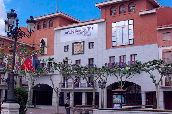 Se  cubrirían puestos de auxiliares administrativos y otras categorías profesionales en el Ayuntamiento