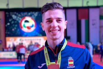 El sanfernandino logró el bronce por equipos en la Karate1 Premier League de Dubai