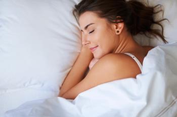 """Organizar de forma responsable el sueño, ordenar la habitación o practicar deporte son algunos de los """"tips"""" que te ayudarán a dormir más y mejor"""