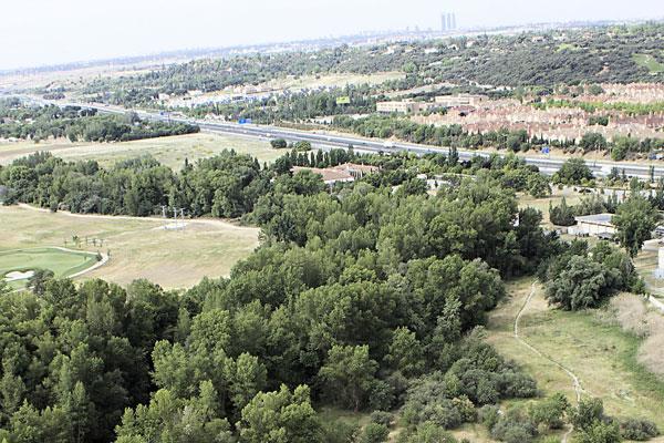 Todos los grupos políticos rechazan la instalación de un vertedero en suelo sansero