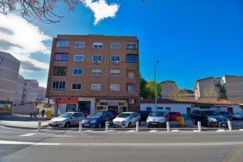 Lee toda la noticia 'Torrejón elimina la antigua gasolinera de la ciudad'