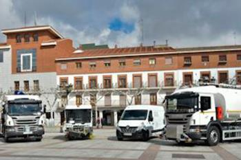 Lee toda la noticia 'Torrejón suma 4 nuevos vehículos de limpieza viaria para mejorar el servicio'