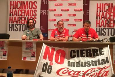 Lee toda la noticia 'Tras cinco años de lucha, los trabajadores de Coca-Cola ponen fin al conflicto'