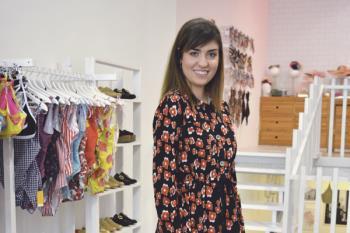 Arantxa Cañadas, mente creativa de esta marca, nos explica en qué consiste la producción ética y sostenible de la industria de la moda