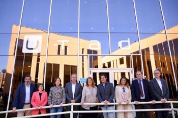 El centro ha recibido la visita de los populares al Congreso de los Diputados, Elvira Rodríguez y José de la Uz