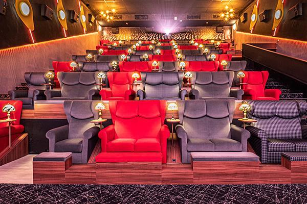 OCINE se suma al reto del innovador centro comercial con un nuevo concepto de cine: OCINE URBAN