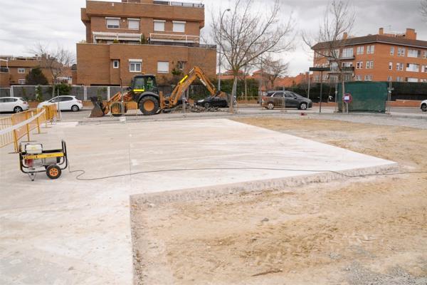 Un trabajador ha fallecido en las obras de la Calle Secundino Zuazo