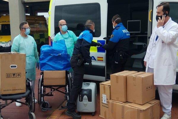 Una empresa local dona material al Hospital Universitario Fundación de Alcorcón