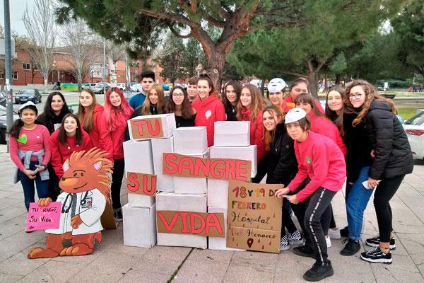Los alumnos del Vega Jarama y del Rey Fernando VI han sido los encargados de sensibilizar sobre su importancia