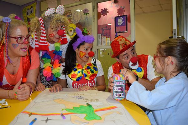 Desde los Bomberos, hasta los Reyes Magos, el HUPA ha recibido visitas muy especiales estos días