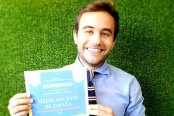 Adrián Fernández ha sido nominado a mejor docente del año en la categoría de Educación Primaria por los Premios Educa Abanca