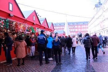 La Policía Municipal ejerció 2.200 actuaciones en la campaña de Navidad