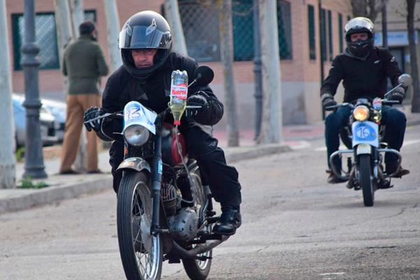 Villaviciosa celebra la II Prueba del litro de motos clásicas