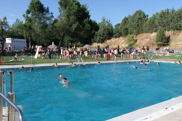 Villaviciosa inaugura el verano en las piscinas municipales soyde - Piscina villaviciosa de odon ...