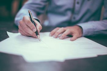 Las personas adultas que quieran retomar los estudios o conseguir la titulación de la ESO pueden matricularse en el C.E.P.A