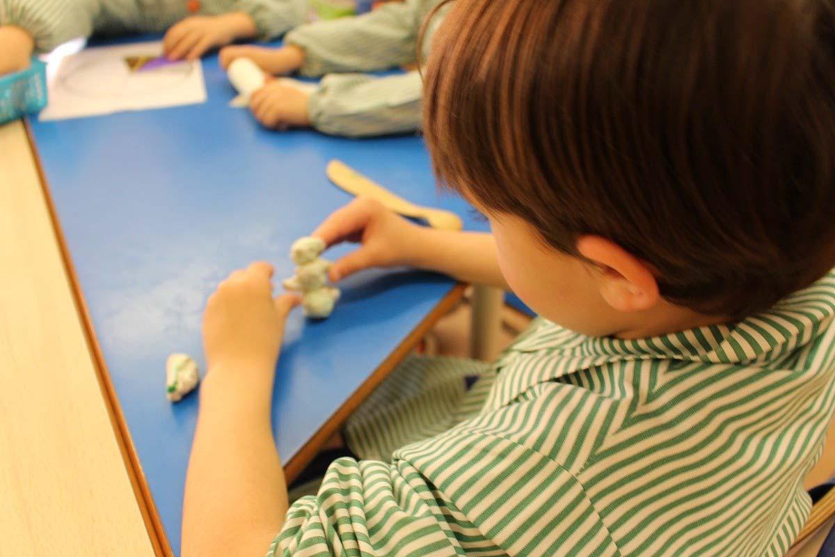 Las familias podrán disfrutar de las actividades que se realizan en los patios de los colegios de Alcalá