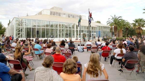El municipio ha inaugurado la Escuela de Circo 'El Invernadero', próximo referente mundial en esta materia