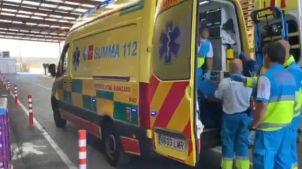 Herido grave un trabajador tras caerle un palé