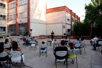 Una programación cultural que ha animado el mes de agosto en un total de siete colegios de la ciudad