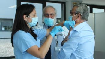 Guillermo Hita ha recibido la primera dosis de la vacuna