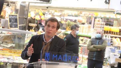 Lee toda la noticia 'Almeida apoya La Barra Digital '