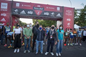 La carrera regresó a las calles de la ciudad con 30.000 participantes y se convirtió en la cita deportiva popular más masiva desde el inicio de la pandemia