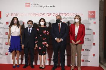 Almeida elogió la gastronomía madrileña durante la entrega de los V Premios de Gastronomía de la Comunidad de Madrid